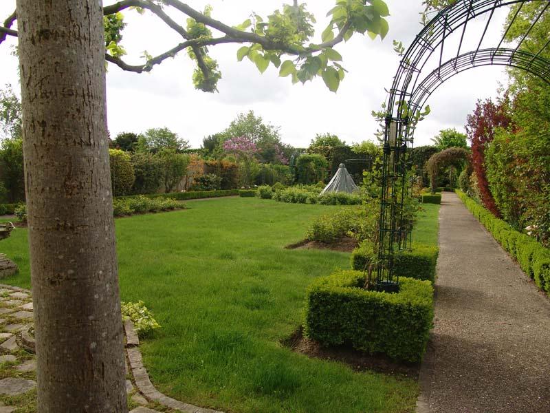Decor jardin champenoux animaux decoration jardin resine for Decor jardin champenoux