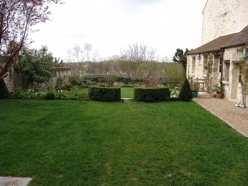 Entretien espaces verts jardin d cor paysagiste oisejardin for Entretien jardin quesnoy sur deule
