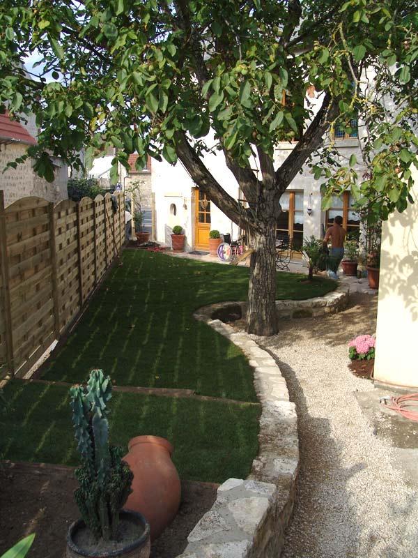 Particuliers jardin d cor paysagiste oise entretien espace for Travaux entretien jardin